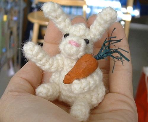 Amigurumi bunny finger puppet